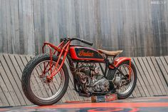 An original Wall of Death Indian Scout Motos Vintage, Vintage Indian Motorcycles, Antique Motorcycles, American Motorcycles, Vintage Bikes, Motorcycle Design, Motorcycle Bike, Women Motorcycle, Bobbers