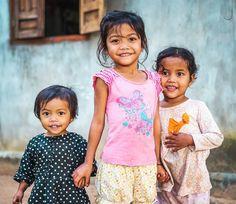 Kids from the Banhar ethny !  ________ #smile #kidsmile #igs_asia #portrait #portraitpage #portraits_ig #portrait_shots #igphotoworld #picoftheday #photooftheday  #canonasia @visitvietnam @charmingvietnam @canonvietnam #canon6D #geo @natgeotravel #thisislifedaily @unlimitedasia #nofilter #travel #vietnamphoto  @vietnam.love @geomagazin @canon_photos #ethnic #kidportrait