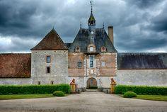 15 km from Briare is Château de La Bussière, otherwise known as the Château des Pêcheurs, France