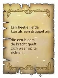 Liefde Great Quotes, Love Quotes, 1 Gif, Love Is All, Bible Quotes, Wisdom, Messages, Feelings, Sayings