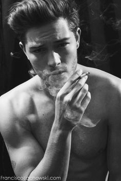 Shared by Flower. Find images and videos about boy, Hot and Francisco Lachowski on We Heart It - the app to get lost in what you love. Pretty Boys, Cute Boys, Cute Male Models, Hot Guys, Pizza Girls, Brazilian Male Model, Look Man, Model Foto, Man Smoking