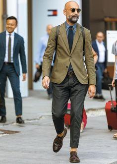 Men's Spring Fashion Trends Old Man Fashion, Mens Fashion 2018, Fashion Hats, Look Formal, Style Masculin, Stylish Mens Outfits, Spring Fashion Trends, Men Street, Gentleman Style