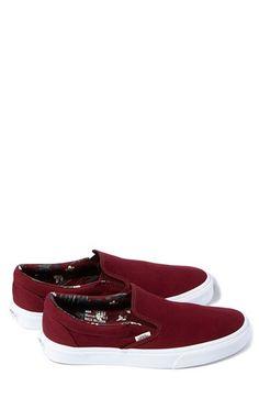27e48179db08 Vans  Classic  Slip-On Sneaker (Unisex) (Nordstrom Exclusive)