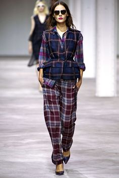 Spring 2013 Ready-to-Wear  Dries Van Noten  Kinga Rajzak  (IMG)