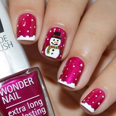Red nails with a snowman fancy nails, classy nails, trendy nails, christmas Christmas Nail Art Designs, Holiday Nail Art, Winter Nail Designs, Winter Nail Art, Holiday Mood, Snowflake Designs, Christmas Design, Christmas Decorations, Xmas Nails