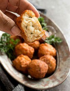 Receta Bolas de Bacalao: A tus invitados y a ti les encantarán. Inspiradas en un plato danés, estas son crujientes por fuera, y cremosas por dentro.