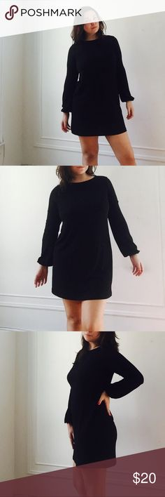 ASOS little black dress Adorable mint condition L.B.D from ASOS. Fit is amazing and very flattering for a lot of occasions. The sleeves sort of flare out a little bit, very cute. Asos Dresses Midi