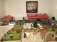 Very cool barn - Abby's Pinnwand - Toy Horse Stable, Schleich Horses Stable, Percheron Horses, Mare Horse, Horse Stables, Horse Barns, Majestic Horse, Beautiful Horses, Bryer Horses