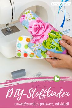 Sew reusable cloth bandages yourself - also for sewing beginners Modern Quilt Patterns, Quilt Patterns Free, Arts And Crafts Box, Diy And Crafts, Quilting For Beginners, Sewing For Beginners, Patriotic Quilts, Colorful Quilts, Quilts For Sale