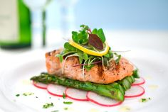 Gourmet Food Presentation - Food Styling - Food Plating - Salmon Asparagus Boat lol