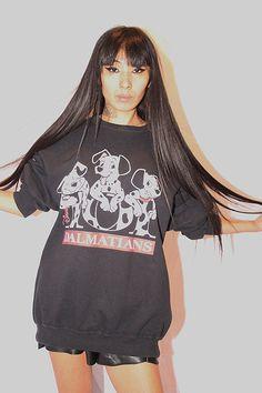 Disney 101 Dalmatians Vintage Black Sweatshirt!