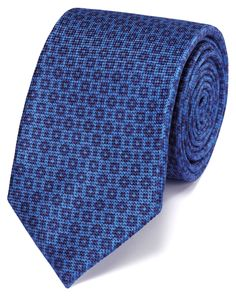 Buy our Blue and navy silk classic tie exclusively from Charles Tyrwhitt of Jermyn Street, London. Tie A Necktie, Charles Tyrwhitt, My Wardrobe, Mens Fashion, Silk, Navy, Classic, Neckties, Blue