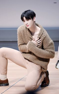 EUNWOO​ ASTRO Cha Eun Woo, Cha Eunwoo Astro, Lee Dong Min, Kdrama Actors, Sanha, Kpop, Korean Beauty, Hot Boys, Korean Singer