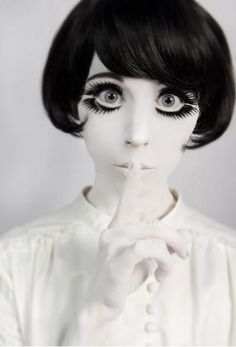 """60's mod make up fashion.-There's something creepy and wonderful and """"wrong"""" about this-It's like the Wednesday Addams going mod."""