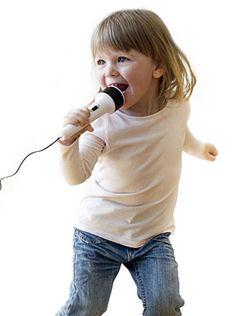 La música tiene el poder de despertar las capacidades de los niños. Descubre los beneficios de esta divertida actividad. http://infantes.linio.com.mx/featured/la-musica-en-la-formacion-de-los-ninos/