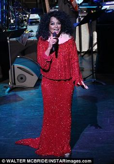 Diana Ross performs with her family in New York concert | Daily Mail Online