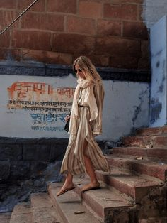 Fashion me now rajasthan road trip jodhpur photo india in 2019 fa Morocco Fashion, India Fashion, Israel Fashion, Women's Fashion, Fashion Ideas, Fashion Design, Orange Midi Dress, Fashion Me Now, Lucy Williams
