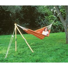 Amazonas Madera Hammock Stand - excellent! Would be more confident in using a bought one than creating my own (though in theory looks simple enough. [The Range online]