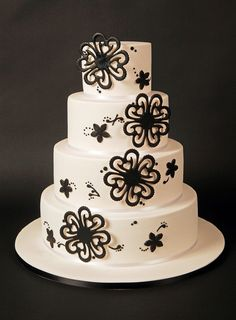 Wedding cake...so beautiful! I would love to make one like this :)