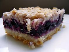 "blueberry bars: seriously considering putting this onto my ""I dream of"" board"