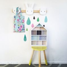 Tubu Kids - little house shelf