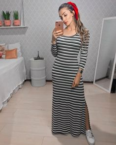 This striped maxi dress is a fine dress to compliment with sneakers. I liked the combination here to include it among dress + sneaker pairings that work. Striped Maxi Dresses, Modest Dresses, Modest Outfits, Modest Fashion, Fashion Dresses, Maxi Outfits, Casual Skirt Outfits, Casual Dresses, Skirt And Top Dress
