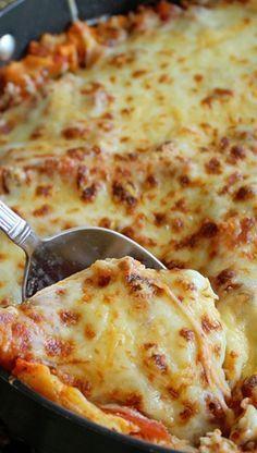 30 Minute Skillet Lasagna--picture looks yummy; recipe looks easy http://completerecipes.com/30-Minute-Skillet-Lasagna.html?back_url=./