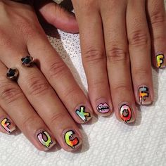 Nails that tell it like it is
