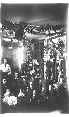 #Christmas decorations ca. 1900.