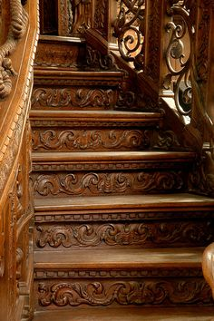 Brownstone in the City Staircase Railings, Wooden Staircases, Stair Risers, Wooden Stairs, Grand Staircase, Staircase Design, Stairways, Architecture Details, Interior Architecture