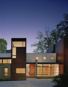 Crab Creek House by Robert Gurney Architect  (1)>>My favorite combination of elements: white, wood & stone.