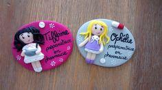 Réservé 2 badges préparatrice en pharmacie : Pins, badges par estelle-badge-fimo