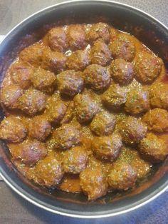 Aprendí a cocinar y ¡menuda cruz!: Albóndigas en salsa de PIsto.