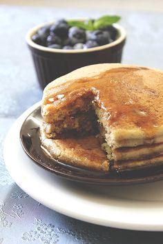 eggless fluffy vanilla oats pancake 3