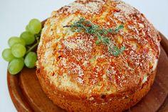 Parmesan Brot mit Birnen und Thymian