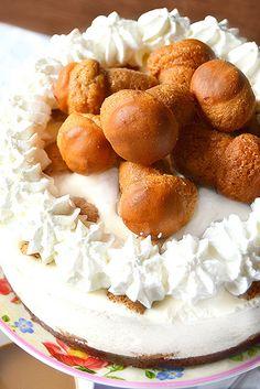 Desserts Bitte wählen: Ricotta-Käsekuchen-Mousse mit Mini-baba Kaffee