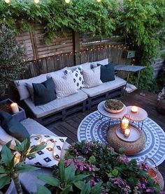 Beautify Your Outdoor Space on a Budget - Patio Furniture - Ideas of Patio Furni., Beautify Your Outdoor Space on a Budget - Patio Furniture - Ideas of Patio Furniture - Summer is in full swing and utilizing your pati. Cozy Backyard, Backyard Patio Designs, Pergola Patio, Pergola Kits, Diy Patio, Pallet Patio, Pergola Ideas, Garden Pallet, Balcony Ideas