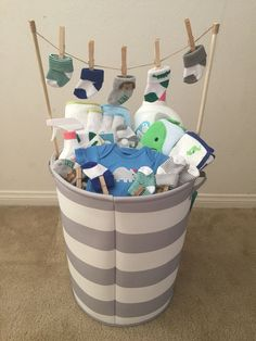 (Idea from my mother-in-law) - Baby Diy - Baby baby shower gift! (Idea from my mother-in-law) … Baby baby shower gift! (Idea from - Cadeau Baby Shower, Idee Baby Shower, Baby Shower Gift Basket, Shower Bebe, Baby Baskets, Baby Shower Gifts For Boys, Baby Shower Parties, Baby Shower Themes, Baby Boy Shower