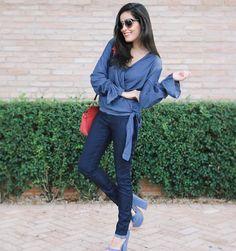 Night night  E o tanto que amooo look total jeans! Geeeente esse jeans da @damyller além de ser lindo e ter cintura alta é mega confortável. E a coleção está lindaaa e super usável pro nosso dia a dia! #MeuJeansDamyller #Damyller by blogdamariah