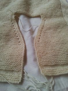 emilia y sus labores de punto: chaquetita básica bebé