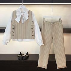 Ideas For Fashion Style Hijab Pants – Hijab Fashion Korea Fashion, Fashion Kids, Hijab Fashion, Trendy Fashion, Fashion Dresses, Fashion Design, Modern Fashion, Mode Ulzzang, Casual Hijab Outfit