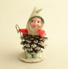 vintage pinecone elf  (I should gather all my vintage Christmas stuff for a display)