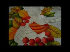 Curso en Linea Camino de Mesa Navideño Painting, Youtube, Painting On Fabric, Tejidos, How To Paint, Acrylic Paintings, Pyrography, E Online, Painting Art