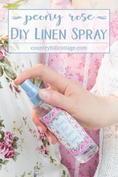 Looking for a quick way to freshen up the house? Then whip up our peony rose linen spray with essential oils! This DIY linen spray is made only with natural ingredients. It's child-friendly and pet-safe. Mist pillows, blankets, shower curtains, sofas. Spray it on linens before ironing or the little one's stuffed animals. Use our free printable label decorate the linen spray. #linenspray #pillowmist #peony #rose #diy #printables #diygift | countryhillcottage.com Cleaning Recipes, Soap Recipes, Diy Cleaning Products, Diy Products, Lotion Recipe, Linen Spray, Peony Rose, Rose Oil, Cleaners Homemade