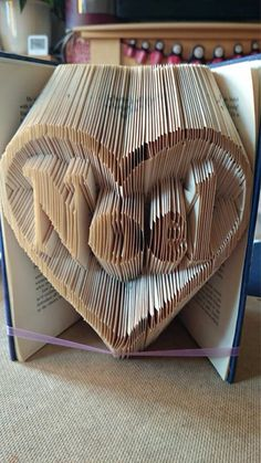 Book Folding Pattern for Noel Heart FREE by BookFoldingForever
