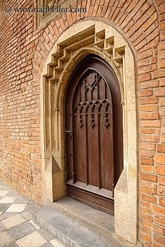 gothic-door-in-archway.jpg archways, bricks, doors, europe, gothic ...