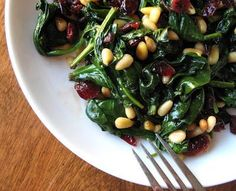 15 Delicious Ways to Eat Sauteed Spinach: Hot Spinach Salad with Pine Nuts & Cranberries