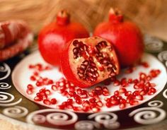 Pomegranate Kids' #Holiday Drink #Recipe | Carefree Cooking Magazine