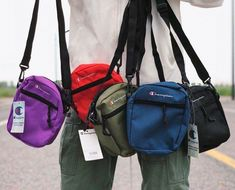 Shoulder Bag – Champion – Shoulder Bag moda 2019 Travel Bag Essentials, Swag Outfits Men, Best Crossbody Bags, Handbags For Men, Black Cross Body Bag, Cloth Bags, Backpack Bags, Mini Bag, Nike