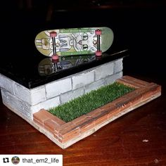 Every fingerboarders dream! Check out this awesome build from one of our awesome customers! (Instagram cred: @that_em2_life)Products used: Mini Materials' miniature cinder blocks and mini red bricks. Get your own and send in your sweet builds!!!!